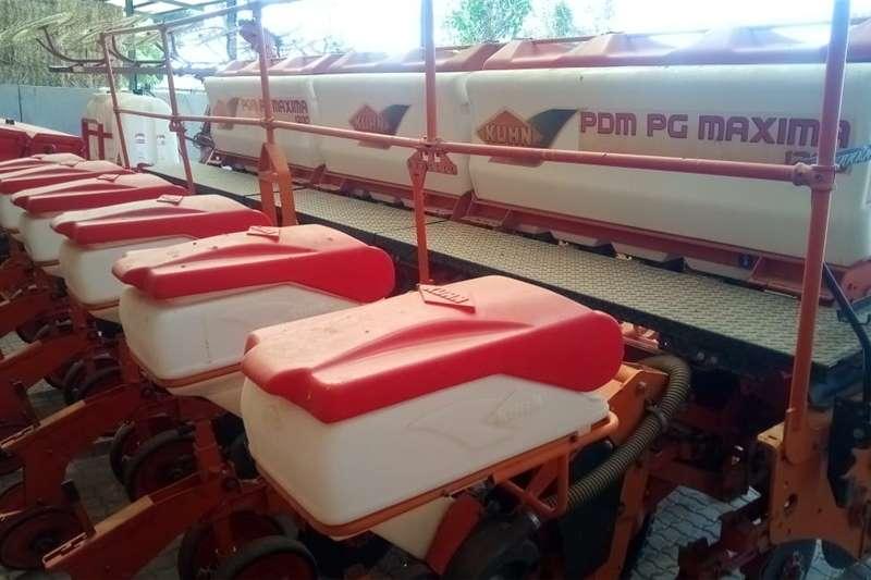 No till planters Maxima 6 ry 76/91 planter Planting and seeding equipment