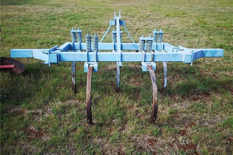 No till planters SA WONDER 5 Tand Ripper Planting and seeding equipment