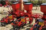 Row planters 3 Row maize planter Planting and seeding equipment