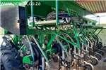Row planters DBXTream C Series Planter Planting and seeding equipment