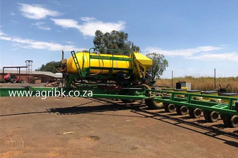 Row planters Equalizer 2019 FT L3 Planting and seeding equipment