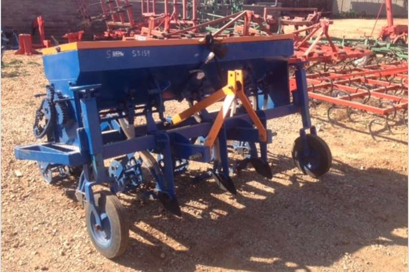 Planting and seeding equipment Row planters S3159 Blue Hippo 5 Row Wheat Planter / 5 Ry Koring
