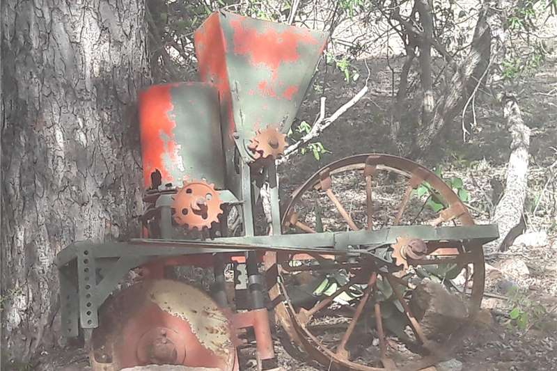 Seeders Antique planter Planting and seeding equipment