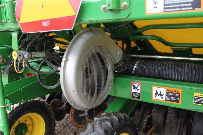 Seeders CCS Air Seeder Planting and seeding equipment