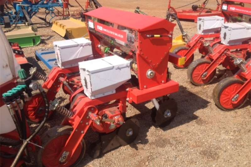 Planting and seeding Other planting and seeding S3271 Red RY Agri 2 Row Maize Planter / 2 Ry Mieli