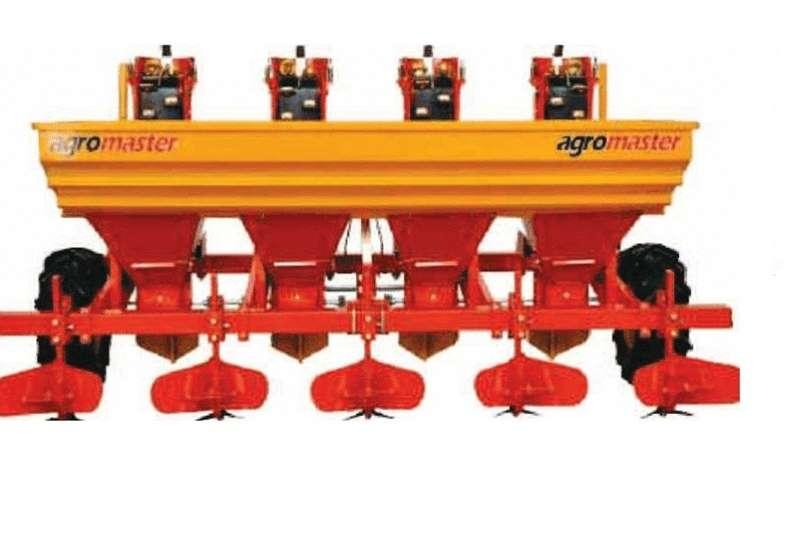 Planting and seeding Row units Agromaster 4 Row Potato Planter / Aartappel Plante