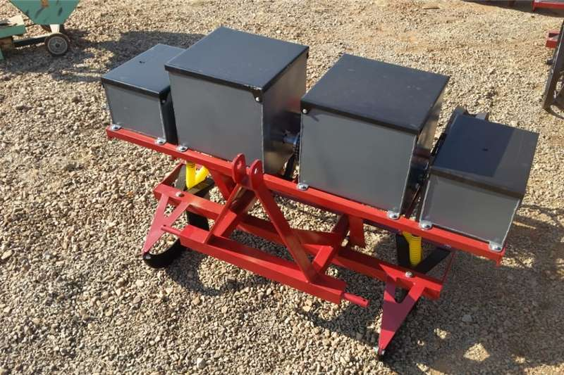 Planting and seeding Row units Neo Implements 2 Ry / Row Mielie Planter New Imple