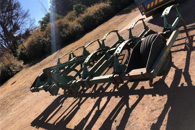 Ploughs Chisel ploughs 9 Tand Beitelploeg