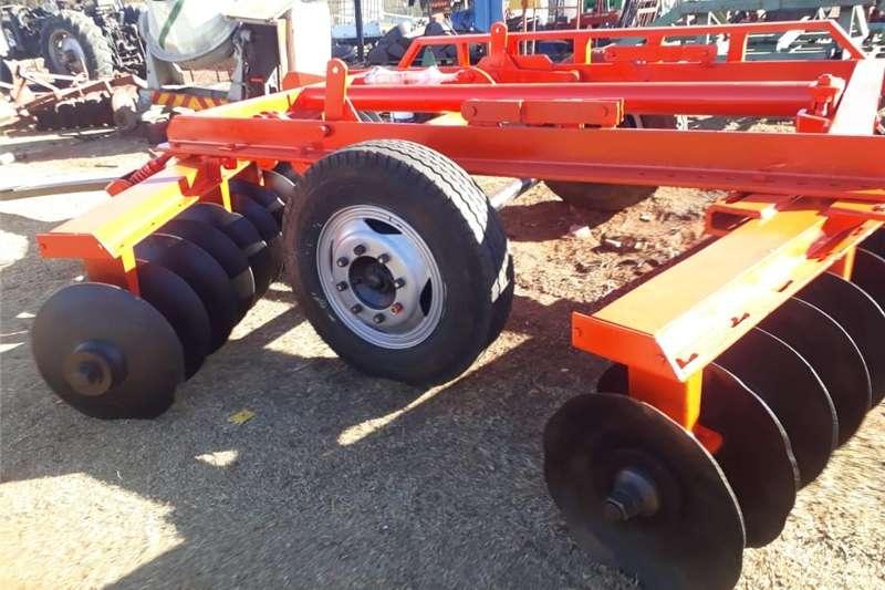 Ploughs Disc ploughs offset disc 36