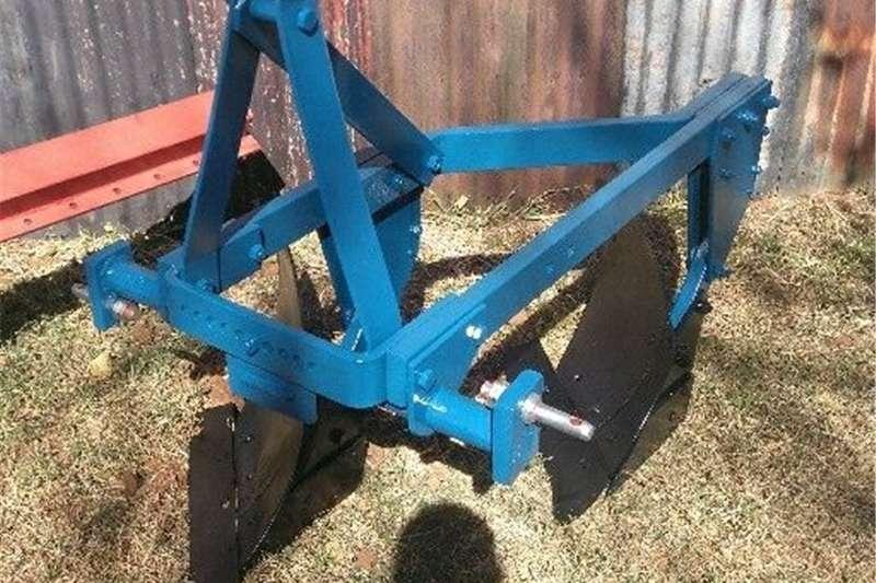 Ploughs Mouldboard ploughs raam ploeg