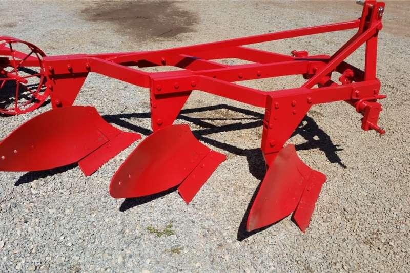Ploughs Mouldboard ploughs Red EHJ 3 Furrow Frame Plough / Skaar Raam Ploeg N