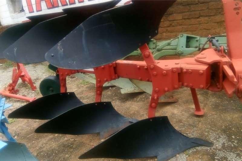 Ploughs Other ploughs 3 Skaar omslag ploeg