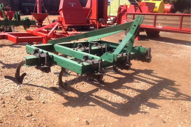 Ploughs Other ploughs Green U Make 7 Tine Chisel Plough / 7 Tand Beitel