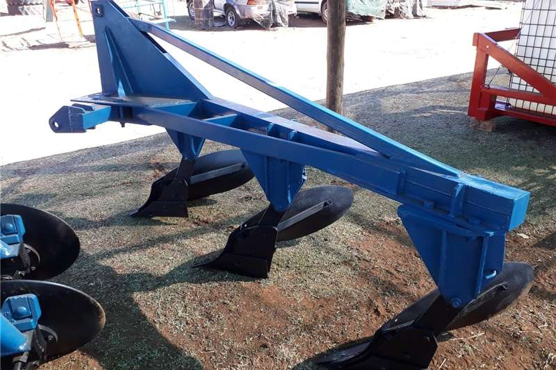 Ploughs Other ploughs plough 3 furrow
