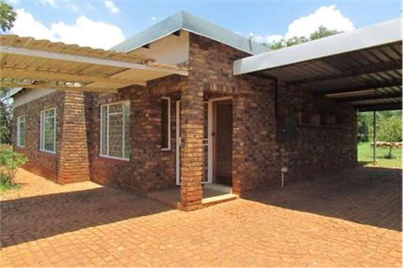Property Farms Cullinan Small holding   a place to breathe...