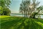 Farms MILLIONAIRES BEND VAAL RIVER RETREAT/WEDDING VENUE Property