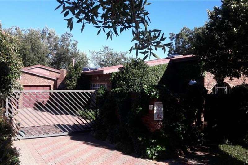 Other property 4 Bedroom House with Nursery Property