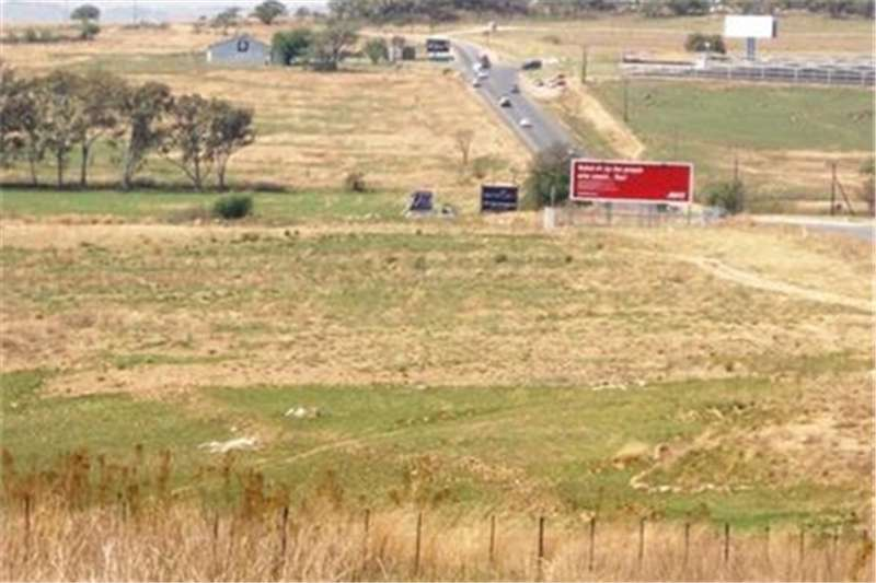 Vacant land 8.5 Ha VACANT LAND, 600 METRE FROM LANSERIA (@ R 8 Property