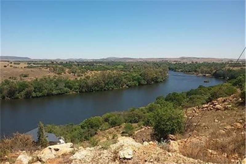 Property Vacant land BEST VIEWS OF THE VAAL RIVER!