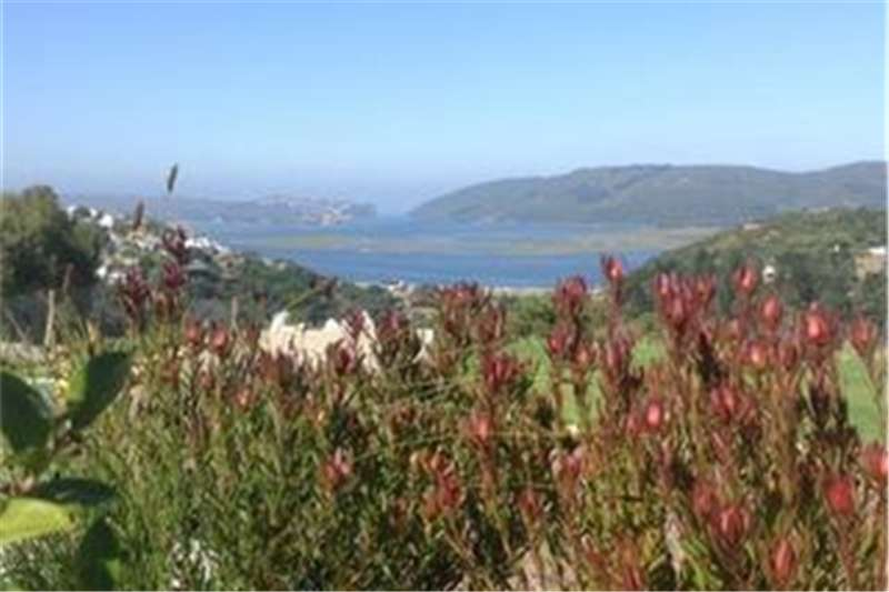 Property Vacant land Build your dream home in a private nature reserve