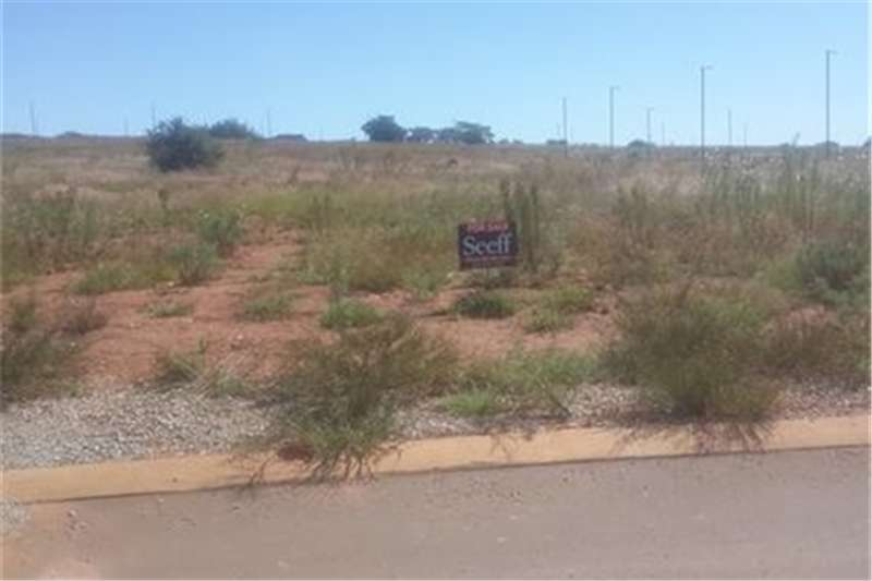 Property Vacant land Building package in Midstream Ridge Estate!