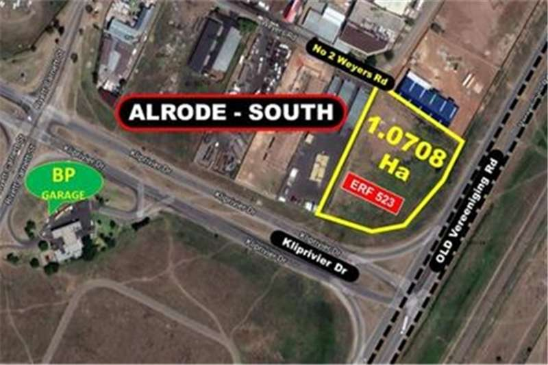 Property Vacant land Large Corner Stand