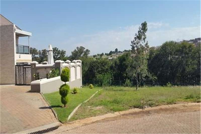 Property Vacant land Stand for sale!