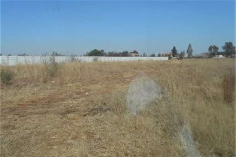 Vacant land Vacant Stand on the Market in Highbury, Henley on Property