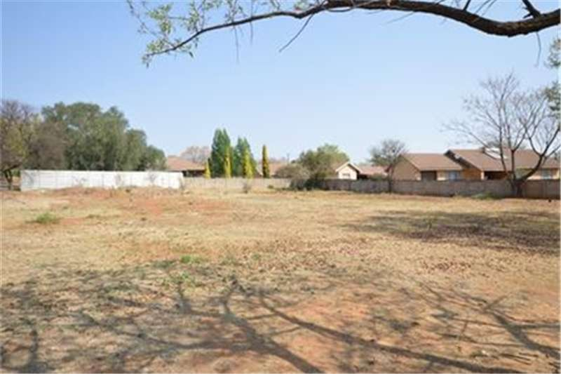 Vacant land Well priced 1693sq Vacant land in Vaalpark!! Property