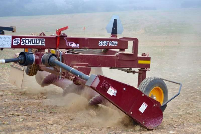 Radium SRW 800 ROCK WINDROWER 2019