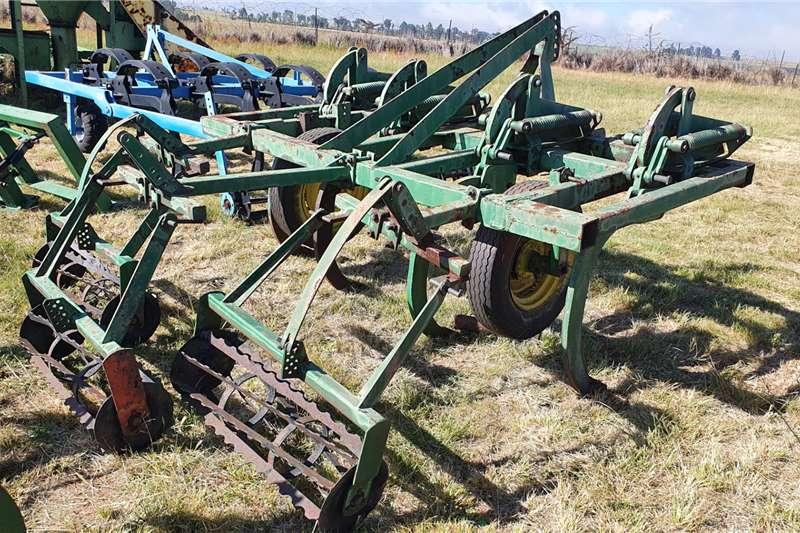 Radium Rippers 4 tooth Radium Chissel Plough / Ripper Tillage equipment