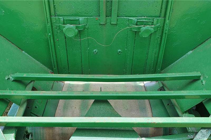 Rovic Trailed spreaders Rovic lime spreader 5 ton Spreaders