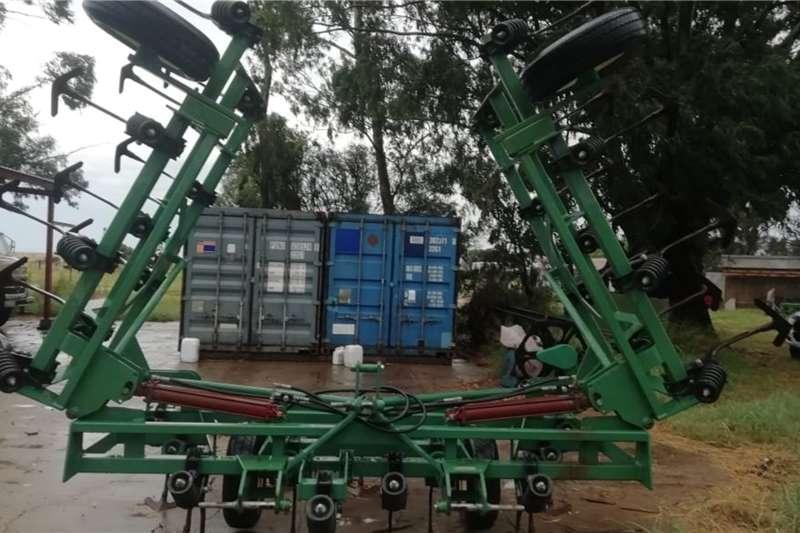 Rovic Tillage equipment Cultivators Rovic Thrash Handicult 7,4 m 2014