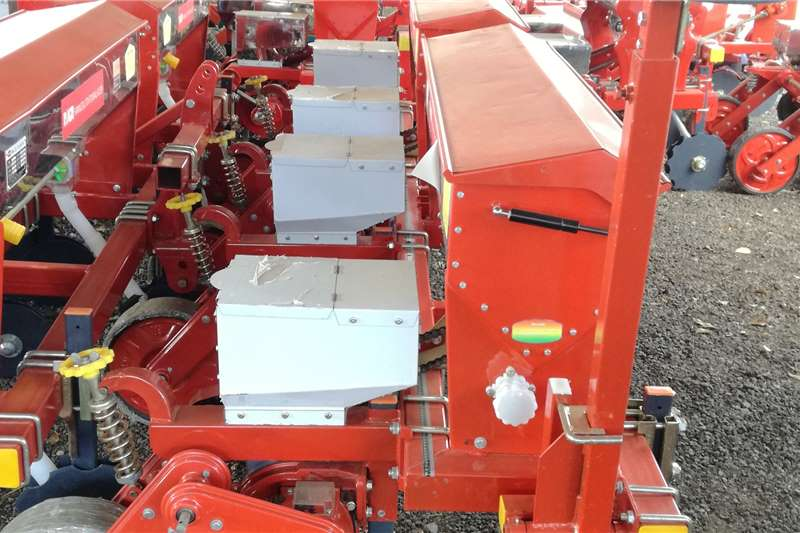 RY Agri Harvesting equipment Grain harvesters 4 Row Floating Maize Planter