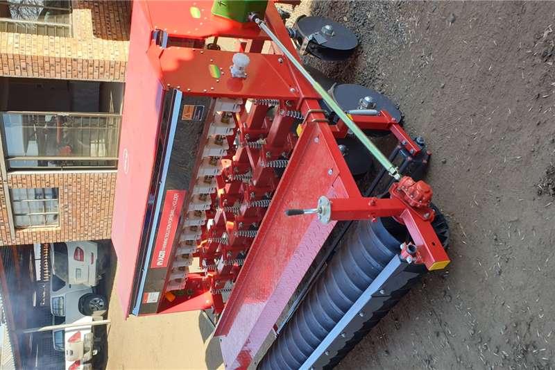 RY Agri Harvesting equipment Grain harvesters 8 Row Wheat Planter