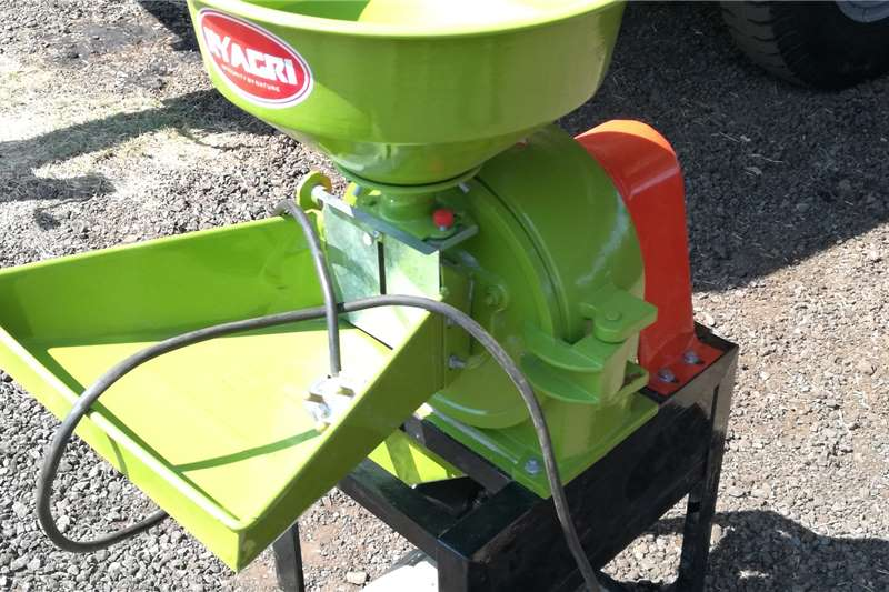 RY Agri Haymaking and Silage Hammer Mills 2.2kw Roller Mill