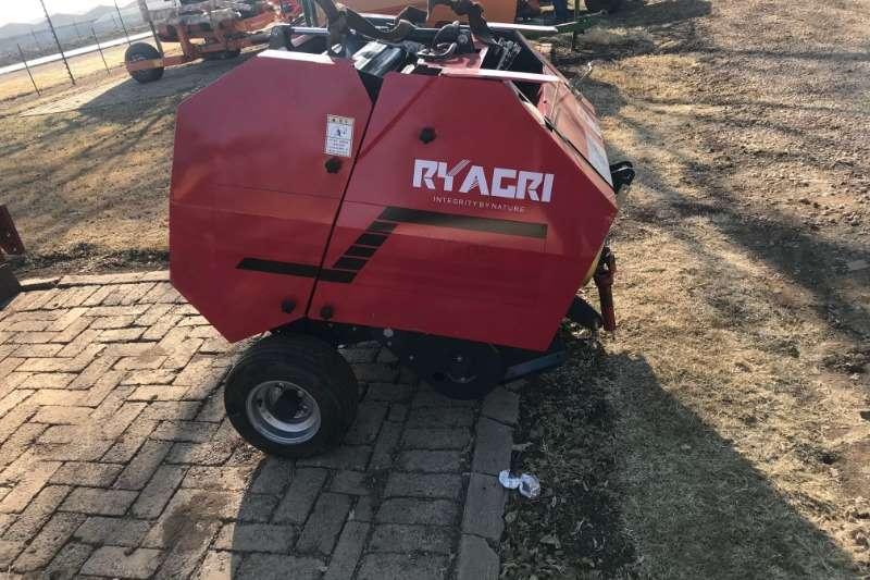RY Agri Haymaking and silage Round balers RY Agri B70 Round Baler
