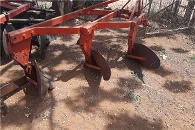 RY Agri 3 SCAR PLOW Ploughs