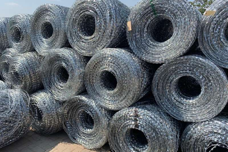 Security fencing  Flat Wrap Razor wire Security and fencing