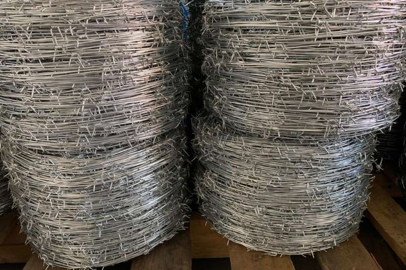 Security fencing  Mzanzi Barb Wire   515m and 845m Security and fencing