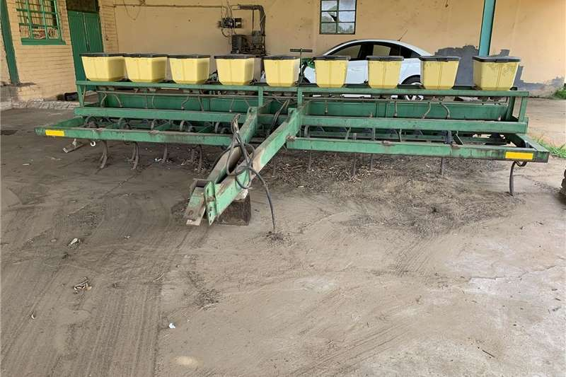 Services Fine seed planter