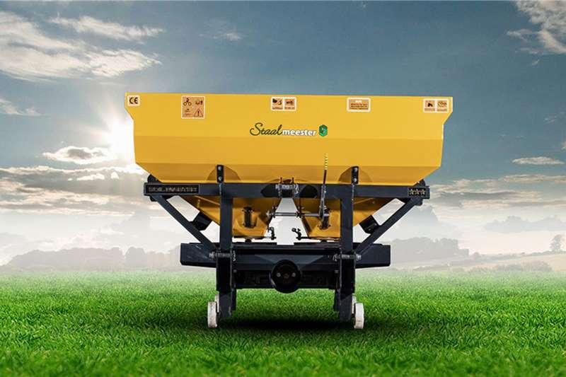 Soilmaster Fertiliser  Soilmaster Fertilizer Spreader1000lH Spreaders