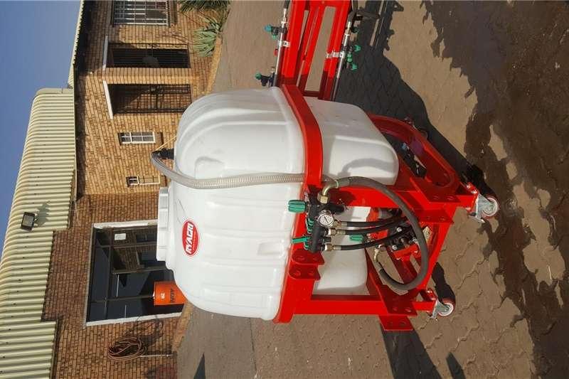Spraying equipment Boom sprayers Boom Sprayers