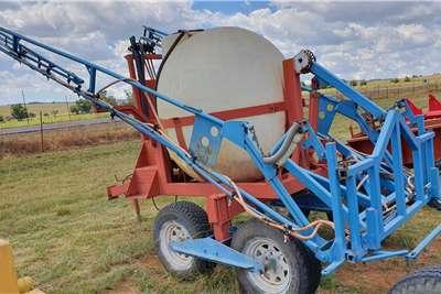 Trailed sprayers Quantum 2000 lt + 18m boom Spraying equipment