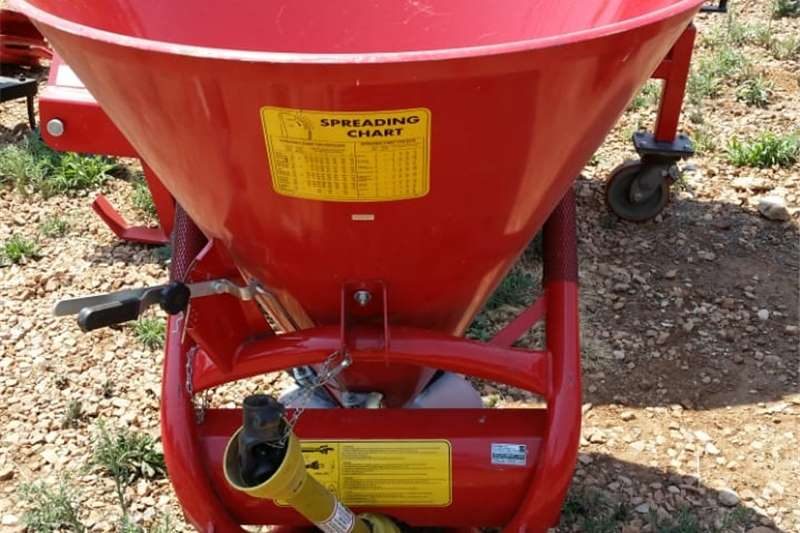 Spreaders Fertiliser spreader S3387 Red JBH 600lt Fertilizer Spreader / Kunsmis