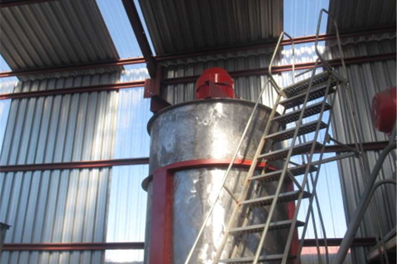 Silos Stainless Steel Tank (NO19) 5000 Liters Structures and dams