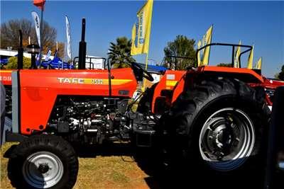 TAFE Compact tractors TAFE 7502 2WD Tractors