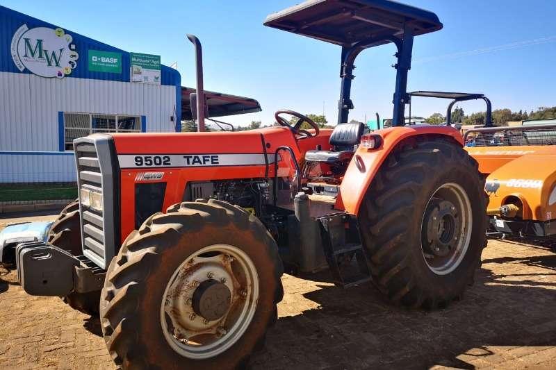 TAFE Four wheel drive tractors TAFE 9502, 65KW, 4WD Tractors