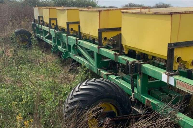 9.0m Elko Rolstaaf met Saaikas Tillage equipment