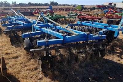 Cultivators NEW Tuffy lift disc harrow 9x9 (18 Disc) Tillage equipment